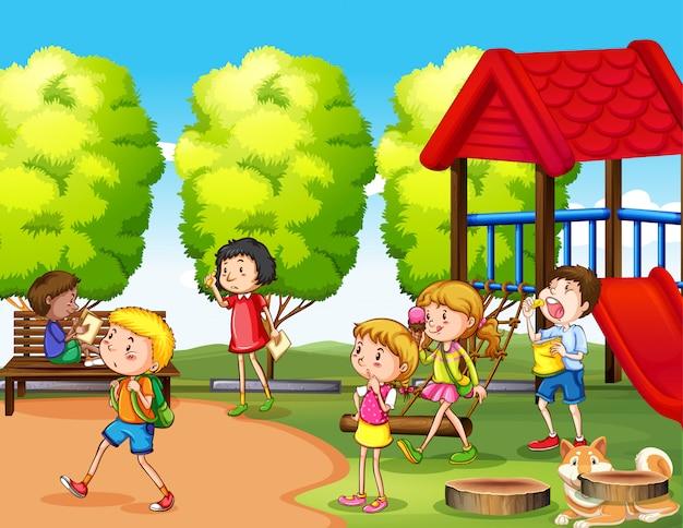 Szene mit vielen kindern, die im park spielen Kostenlosen Vektoren