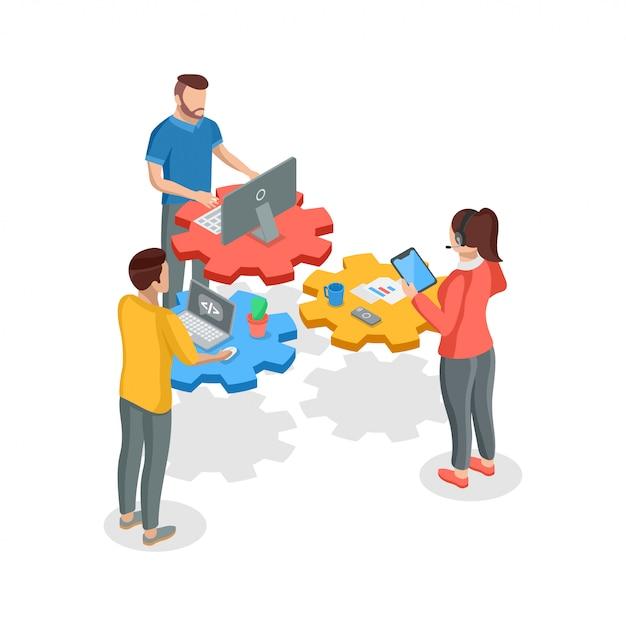 Teamwork-konzept. isometrische teamarbeit mit vier leuten mit geräten Premium Vektoren