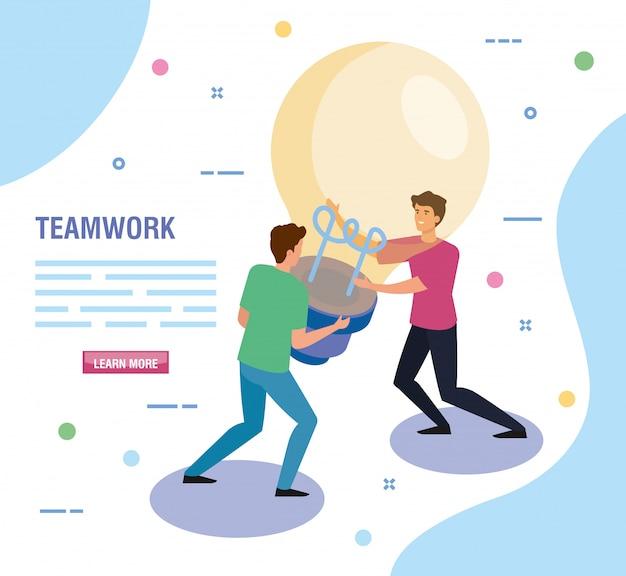Teamwork-leute mit glühlampenschablone Kostenlosen Vektoren