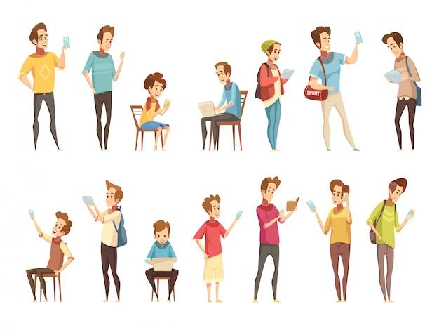 Teenager gruppiert sich mit den elektronischen intelligenten mobiltelefongeräten, die on-line-retro- karikatur mitteilen Kostenlosen Vektoren