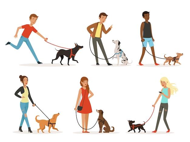Tierfreundschaft. glückliche menschen gehen mit lustigen hunden Premium Vektoren
