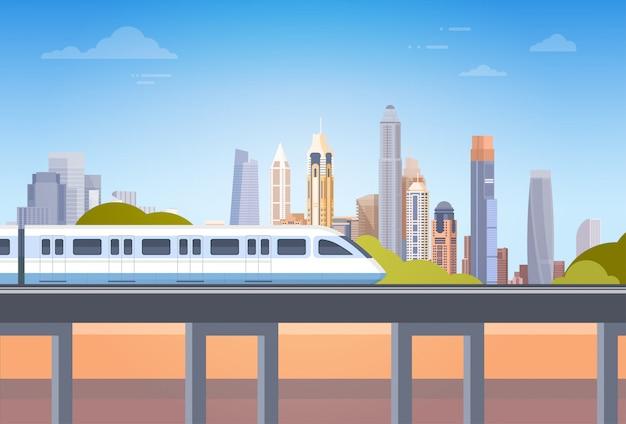 U-bahn über stadt-wolkenkratzer-ansicht-stadtbild-hintergrund-skylinen mit kopien-raum Premium Vektoren
