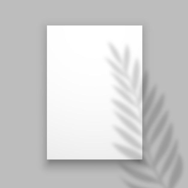 Überlagern sie den palmblatteffekt auf einem blatt papier. Premium Vektoren