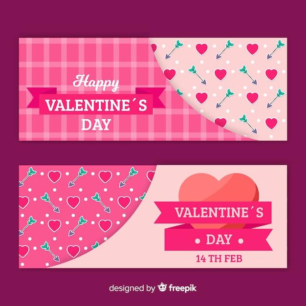 Valentine banner pfeile und herzen Kostenlosen Vektoren