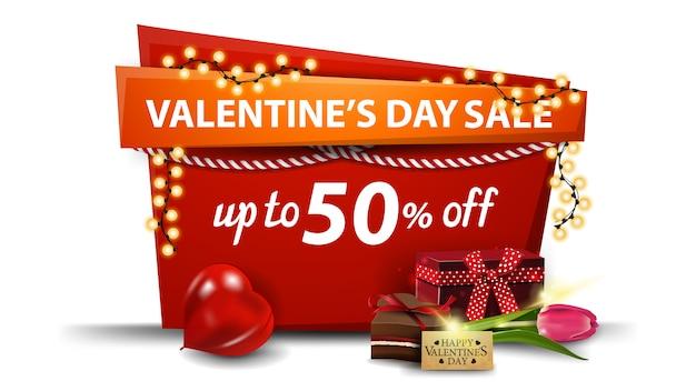 Valentinstag verkauf, bis zu 50% rabatt, rote fahne im cartoon-stil mit girlande Premium Vektoren