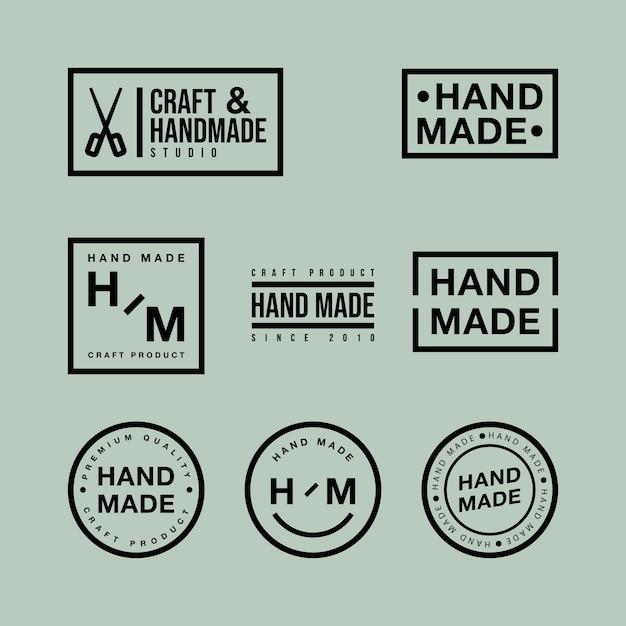 Vektorsatz von linearen abzeichen und logo-designelementen für handgemachtes in flachem design auf grünem hintergrund Premium Vektoren