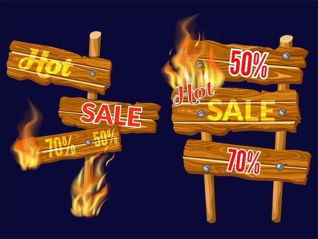 Verkaufstafeln aus holz mit flammenbrand. Kostenlosen Vektoren