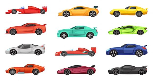 Verschiedene sportwagen lokalisiert auf weiß. vektorillustrationen von rennläufern auf der straße Premium Vektoren