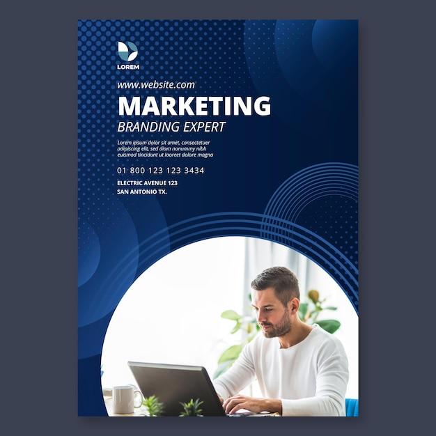 Vertikale flyer-vorlage für das marketinggeschäft Premium Vektoren