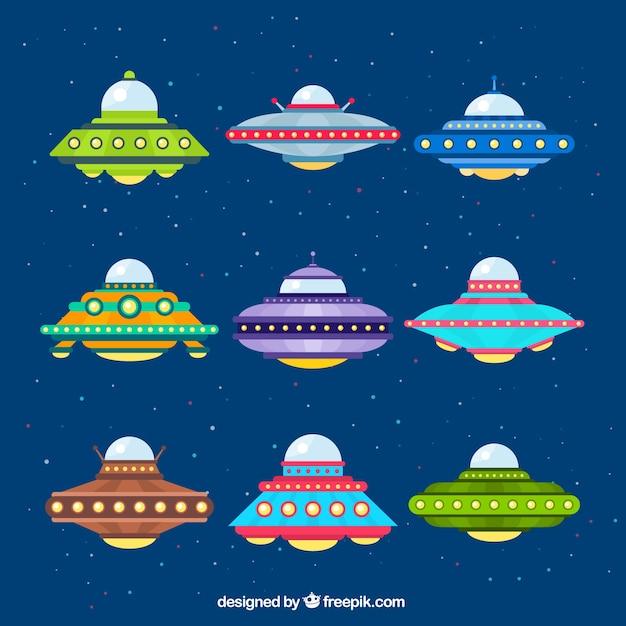 Vielzahl von bunten ufo Kostenlosen Vektoren