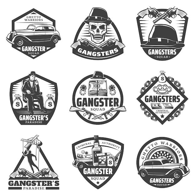 Vintage gangster etiketten mit mafia boss auto waffe geld glücksspiel chips roulette schädel hut whisky isoliert Kostenlosen Vektoren