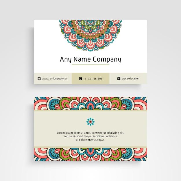 Visitenkarte. vintage dekorative elemente. dekorative blumen-visitenkarten oder einladung mit mandala Kostenlosen Vektoren