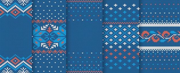 Weihnachten gestrickte textur. nahtloses muster. satz gestrickter blauer weihnachtsdrucke. feiertagswollehintergrund. Premium Vektoren
