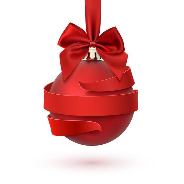 Weihnachtsbaumdekoration mit roter schleife und band herum, lokalisiert auf weißem hintergrund. grußkarte, broschüre oder plakatvorlage. Premium Vektoren