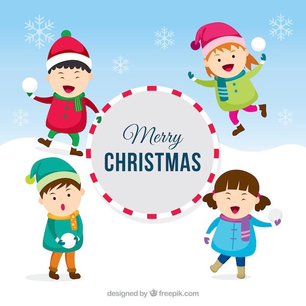 Weihnachtshintergrund mit den netten kindern, die schneebälle spielen Kostenlosen Vektoren