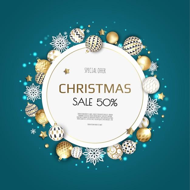 Weihnachtskranz mit kugeln und schneeflocken. Premium Vektoren