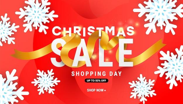 Weihnachtsverkaufsfahne mit luftschneeflocken und goldband Premium Vektoren