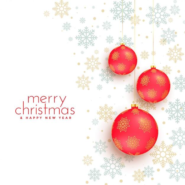Weißer hintergrund der frohen weihnachten mit roter balldekoration Kostenlosen Vektoren