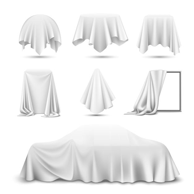 Weißes seidentuch bedeckte objekte realistisches set mit drapiertem spiegelauto hängenden servietten-tischdeckenvorhang Kostenlosen Vektoren