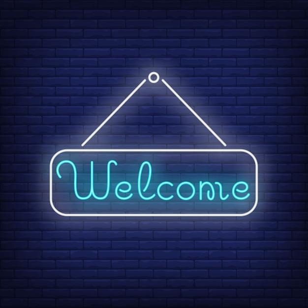 Willkommene neonbeschriftung auf tablette. einladung. Kostenlosen Vektoren
