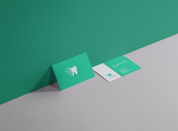 Zahnmedizinische visitenkarte Premium Vektoren