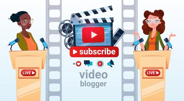 Zwei frauen video blogger online stream blogging abonnieren konzept Premium Vektoren