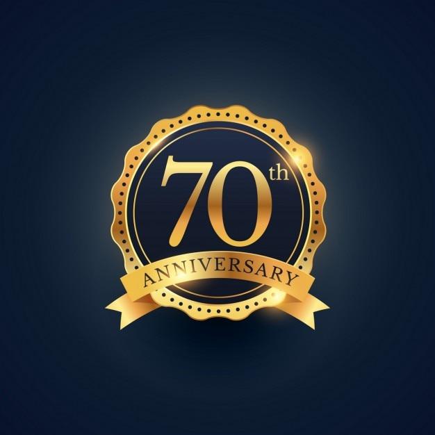 70 rótulo celebração emblema aniversário na cor dourada Vetor grátis