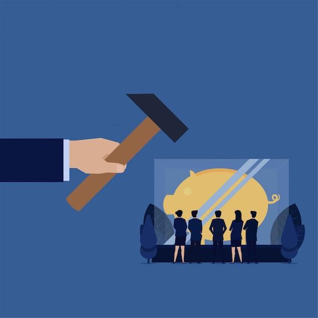 A mão do negócio bateu o vidro com o mealheiro dentro da metáfora da economia insegura do investimento. Vetor Premium