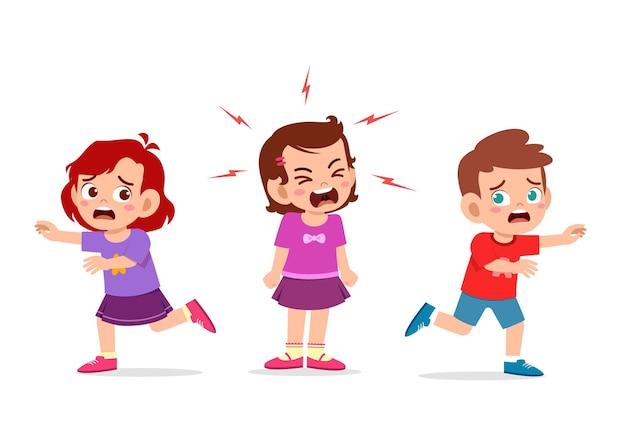 A menina chora e grita muito alto e faz a amiga correr Vetor Premium