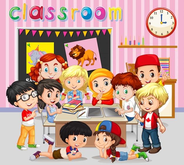 Alunos aprendendo em sala de aula Vetor grátis