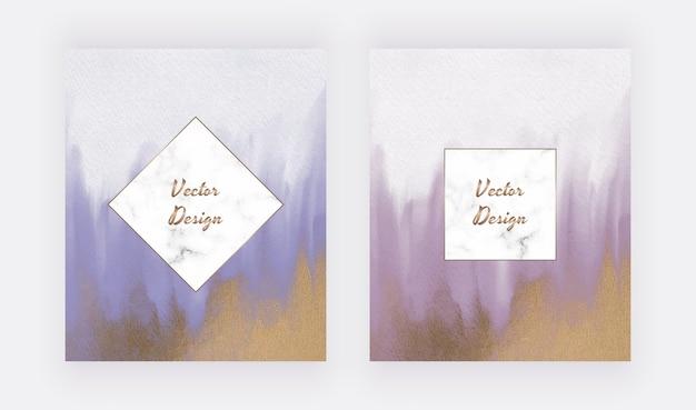 Aquarela de pincelada azul e roxa com textura de glitter dourado e molduras de mármore Vetor Premium