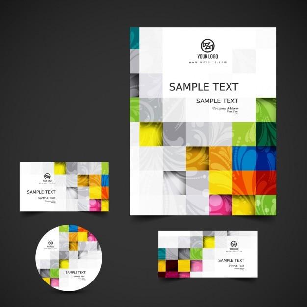 Artigos de papelaria do negócio com quadrados coloridos Vetor grátis
