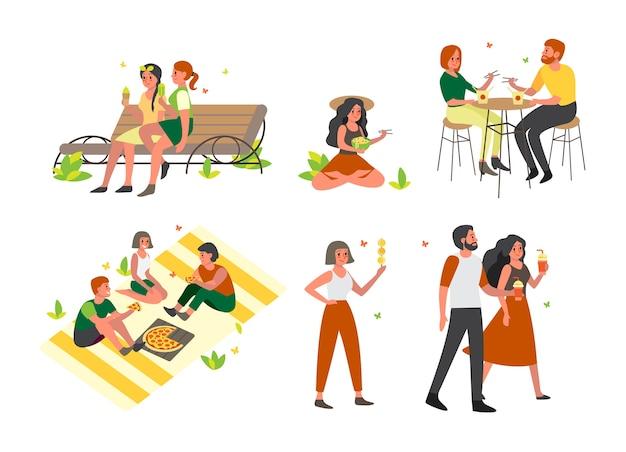 As pessoas passam o tempo ao ar livre e comendo fast-food de rua. refeição de verão. sorvete e smoothie. ilustração Vetor Premium