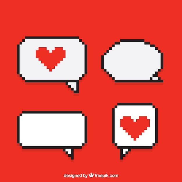 Balões diálogos com corações pixelated Vetor Premium