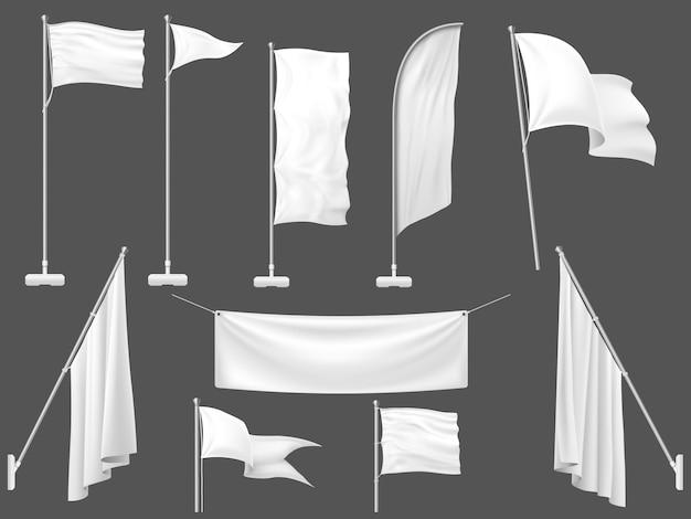 Bandeiras brancas, faixa de lona em branco e bandeira de tecido na ilustração do modelo de mastro Vetor Premium