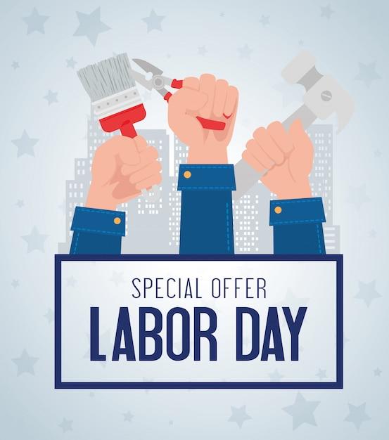 Banner de publicidade de promoção de venda de dia do trabalho, com construção de mãos e ferramentas Vetor Premium