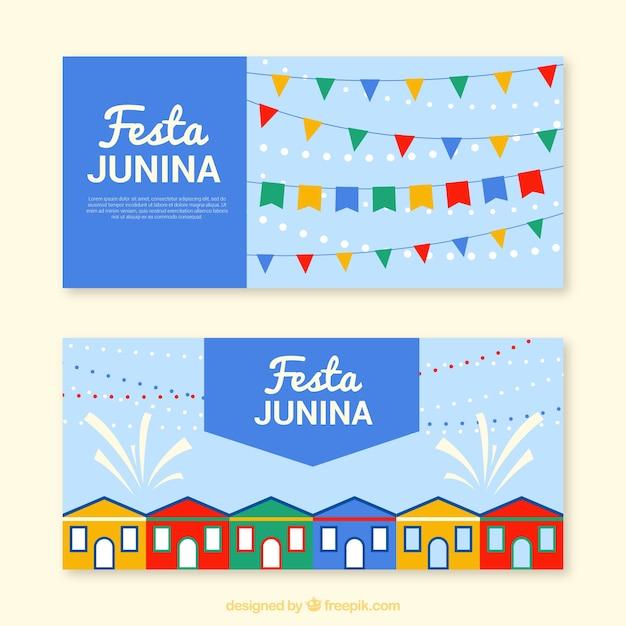Banners azuis com guirlandas e casas para festa junina Vetor grátis