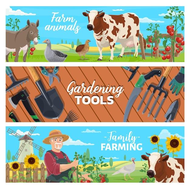 Banners de animais de fazenda, agricultura familiar e ferramentas de jardinagem. aves e gado, colheita de vegetais. fazendeiro cultivando tomates, vaca leiteira e burro, ganso, peru e codorna, vetor de paisagem de campo Vetor Premium