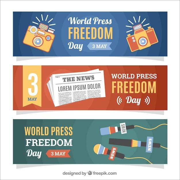 Banners de dia da liberdade de imprensa mundial com microfones e câmeras Vetor grátis