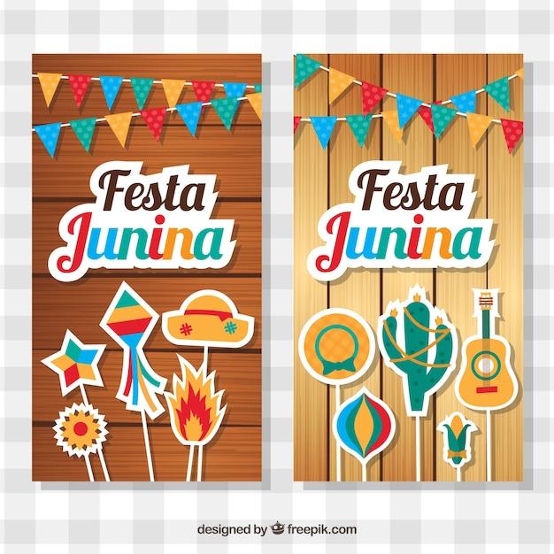 Banners de madeira com elementos decorativos para festa junina Vetor grátis