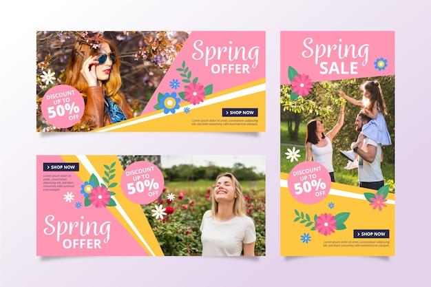 Banners de venda primavera com pessoas Vetor grátis