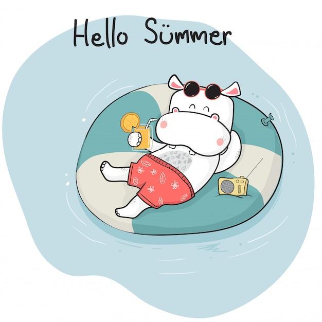 Bonito dos desenhos animados doodle feliz hipopótamo em suma deitado no anel de vida no mar, horário de verão Vetor Premium