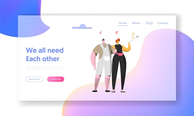 Bonito homem alegre e mulher tirar selfie juntos página inicial. Vetor Premium