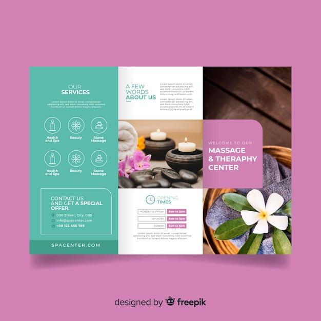 Brochura com três dobras de spa Vetor grátis
