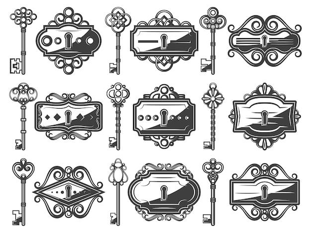 Buracos da fechadura de metal antigo conjunto com chaves antigas ornamentais em estilo vintage Vetor grátis