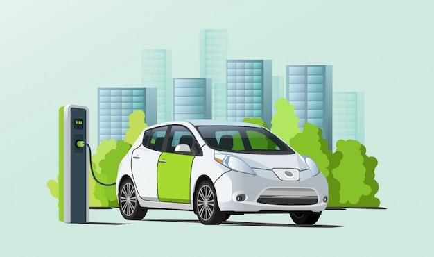 Carro elétrico de carregamento na estação de carregador, paisagem urbana em fundo Vetor Premium