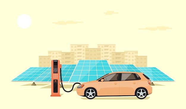 Carro elétrico moderno carregando na estação do carregador em frente aos painéis solares, o horizonte de uma cidade grande ao fundo, ilustração do estilo Vetor Premium