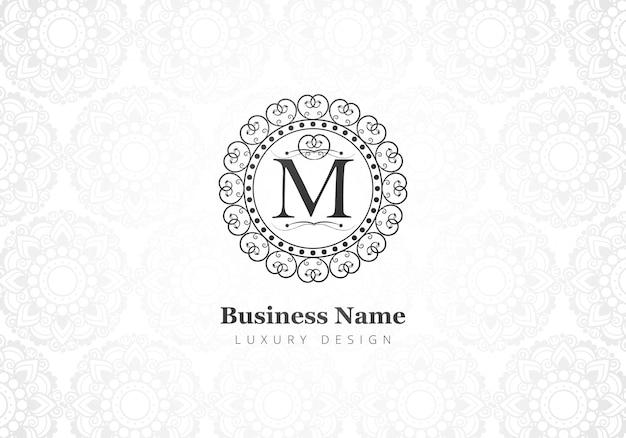 Carta criativa de luxo premium m logotipo para empresa Vetor grátis