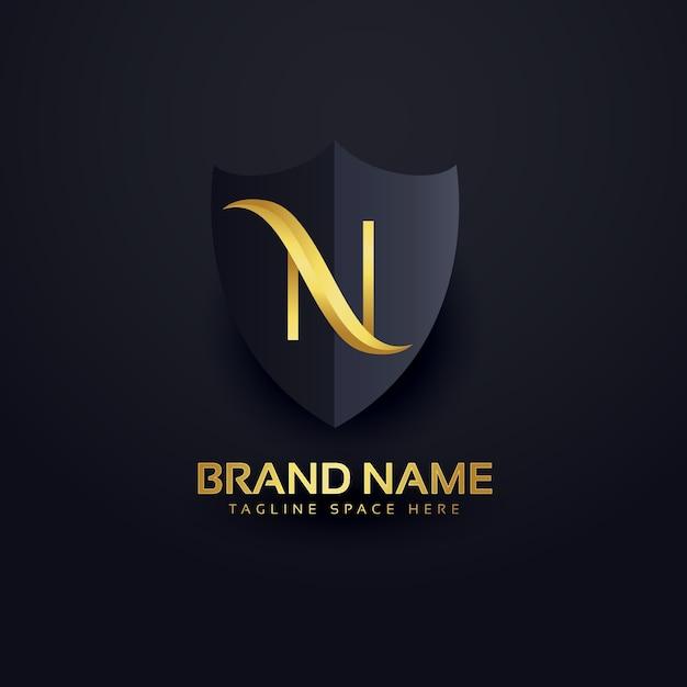carta n logotipo no estilo premium com escudo Vetor grátis