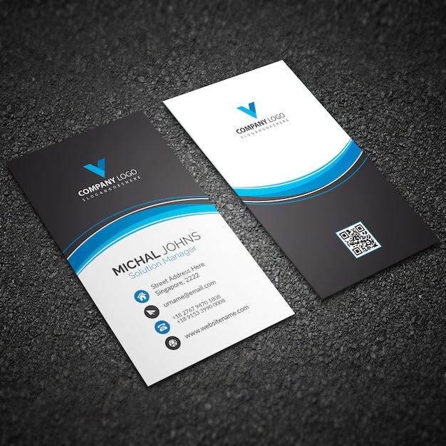Cartão azul moderno com formas abstratas Vetor grátis
